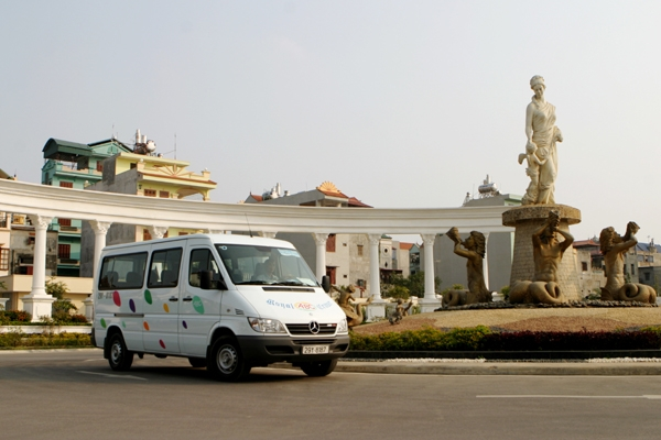 Hanoi Mini-Van for Conference/ 8Hours