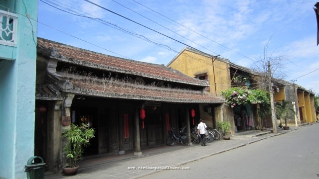 Family Package Trip | Hanoi-Hoian- Saigon
